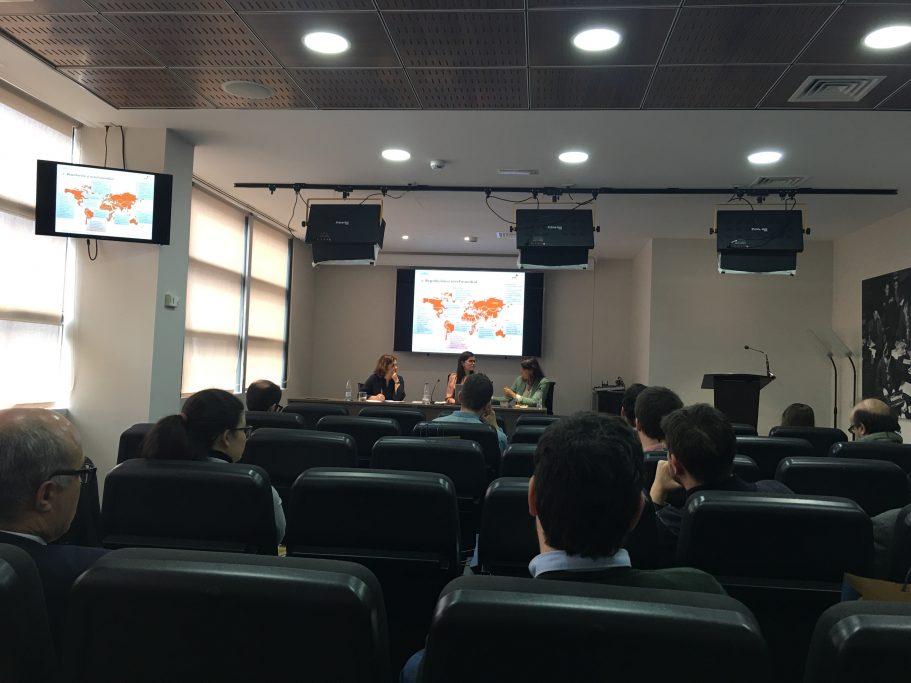 Seminario sobre Bitcoins Estudio de Comunicación