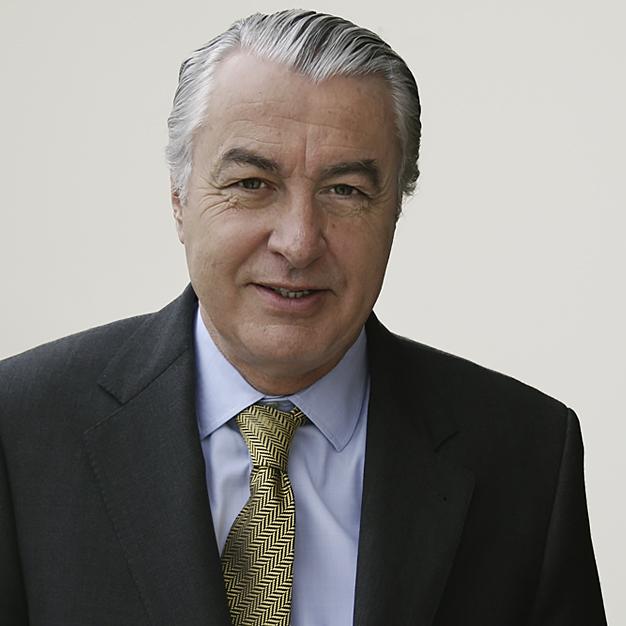 Estudio de Comunicación - Ladislao Azcona - Presidente