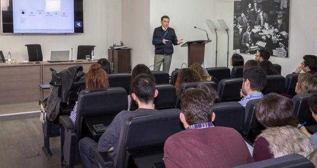Alberto Mariñas imparte masterclass en máster de comunicación de la universidad complutense