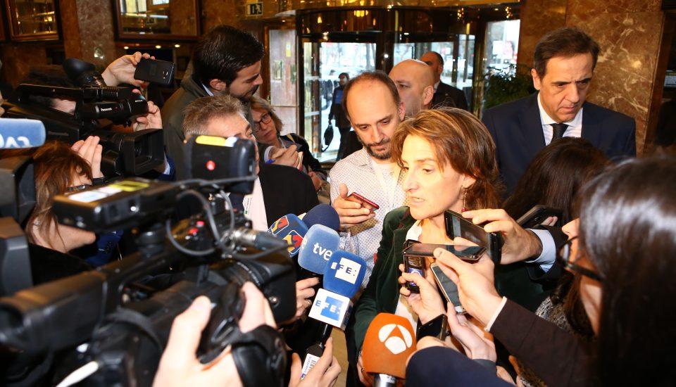 Teresa Ribera Ministra para la transición ecológica con la prensa